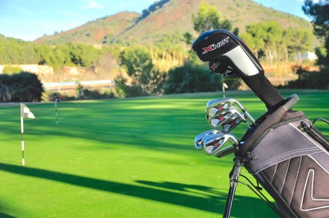 Golf-club-hire-spain-callaway-xhot